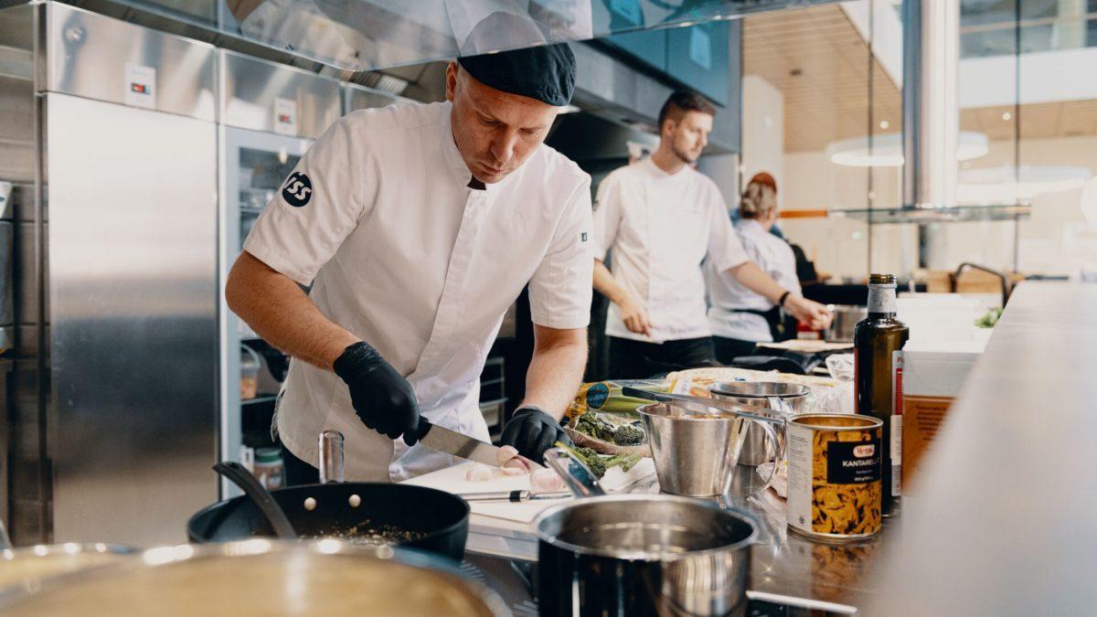 Uusi Aromi helpottaa keittiön arkea ja ruokahävikin vähentämistä